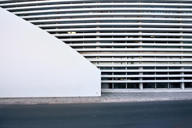 Modern gebouw in monaco Premium Foto