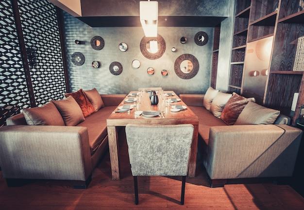 Modern interieur eetkamer ontwerp