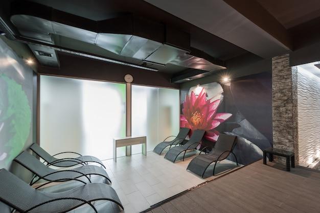 Modern interieur kamer spa-complex en de sauna