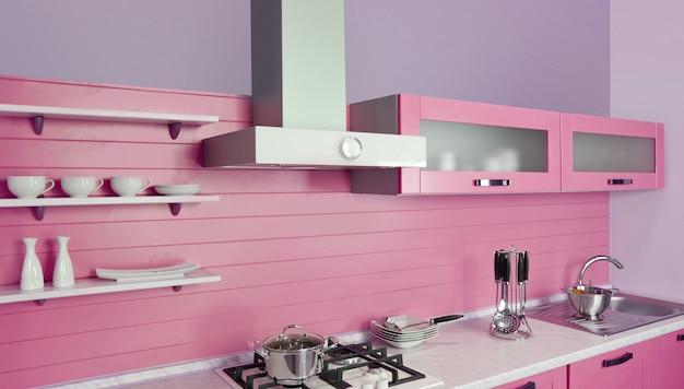 Modern keukenbinnenland met magenta decoratie