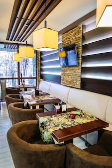 Modern restaurantinterieur