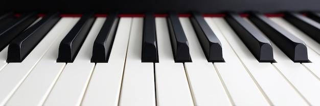 Modern synthesizertoetsenbord