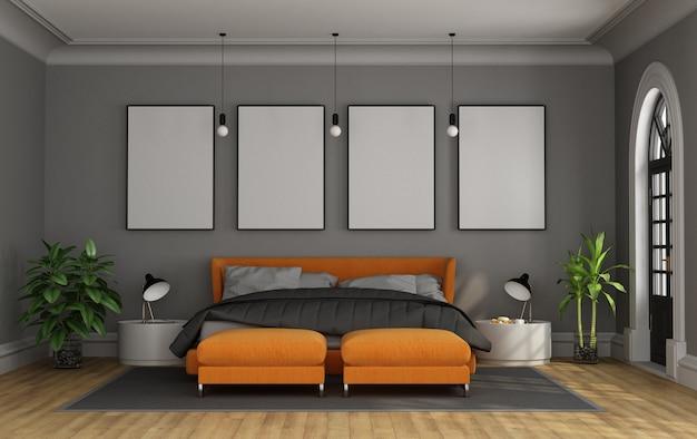 Modern tweepersoonsbed in een klassieke kamer