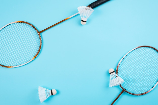 Moderne badminton apparatuur samenstelling