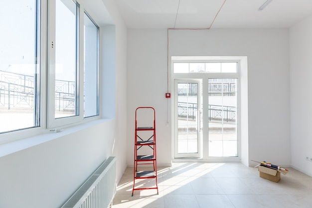 Moderne entree in een klein kantoor