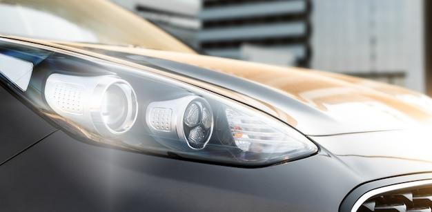 Moderne het close-upfoto van de luxeauto.