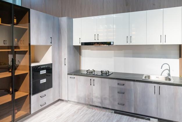 Moderne keuken in decoratiestijl, kastontwerp