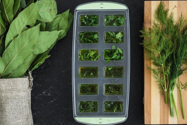 Moderne keukensamenstelling met gezonde ingrediënten