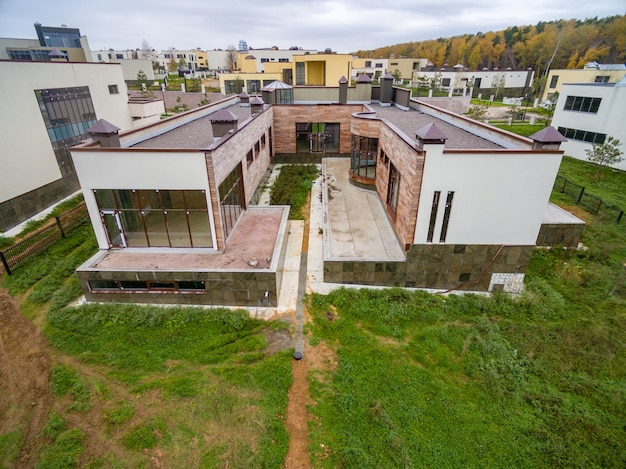 Moderne landhuizen in aanbouw