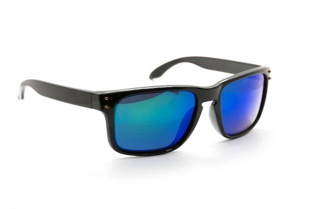 Moderne modieuze geïsoleerde zonnebril, glazen