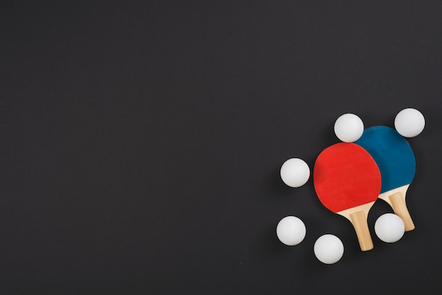 Moderne pingpong apparatuur samenstelling