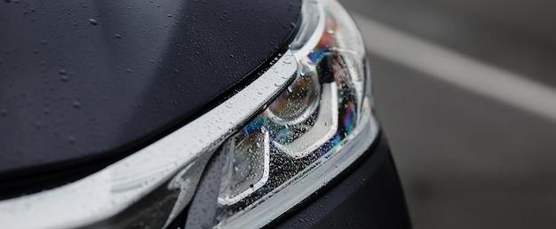 Moderne sport auto koplampen close-up. Premium Foto