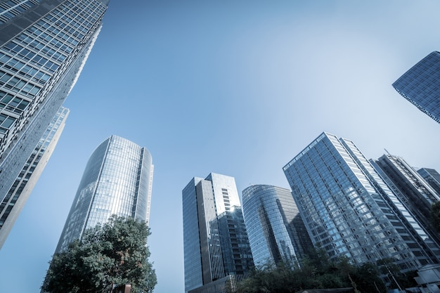 Moderne wolkenkrabbers in het zakendistrict, xiamen, china.