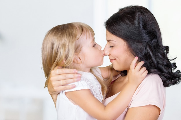 Moeder en dochter. gelukkig gezin