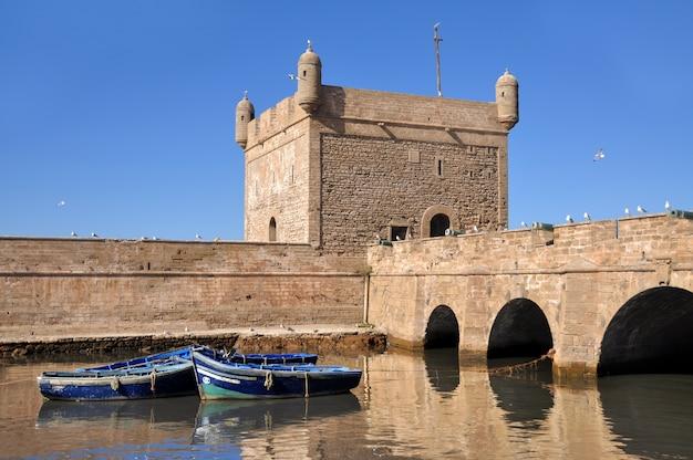 Mogador fort nabij de haven van essaouira