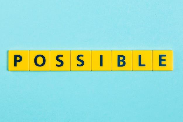 Mogelijk woord op scrabble tegels