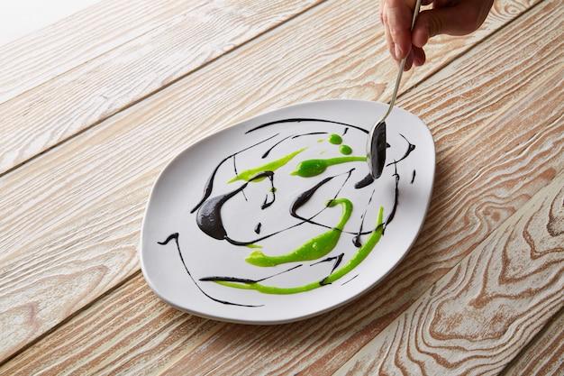 Moleculaire gastonomie voorbereiding op de chef-kokspots