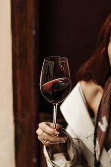 Momentopname van wijnglas