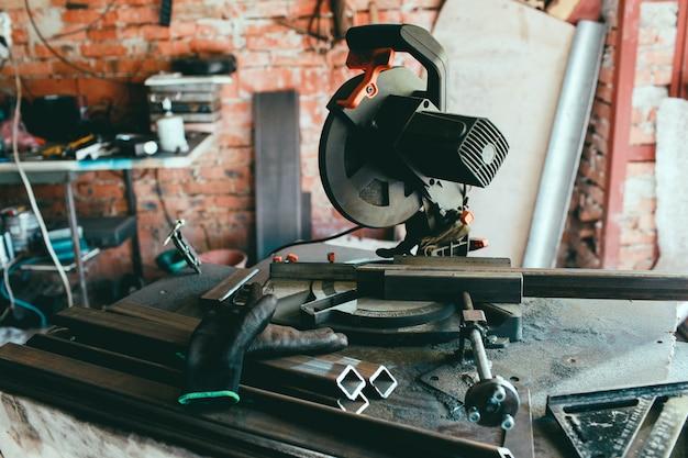 Montage zaagblad cirkelvormige tafel