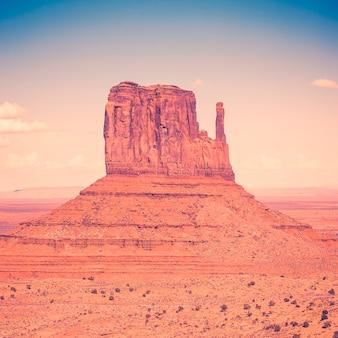 Monument valley met speciale fotografische verwerking, vs.