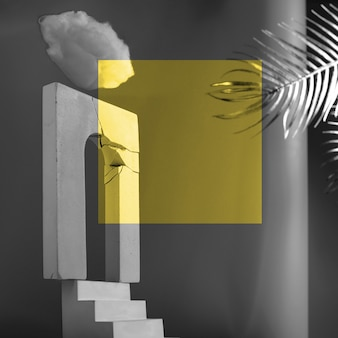 Monumentale compositie met een gebroken boog, trap, waaier en palmbladeren. een concept met als thema zelfontplooiing, verlichting, ziel en paradijs.