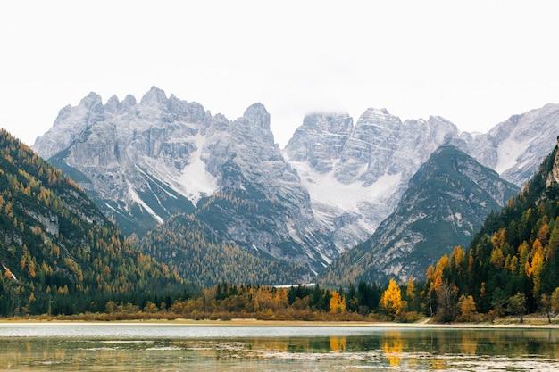 Mooi hooggebergte in italië