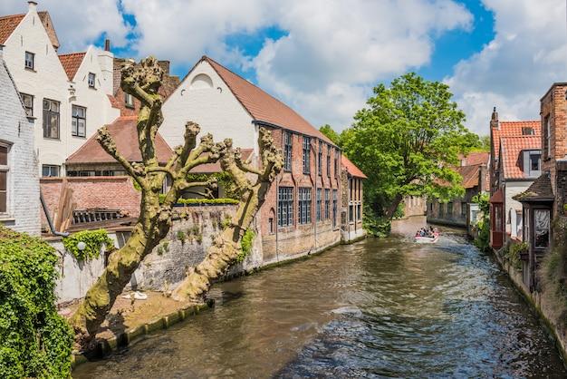 Mooi kanaal van brugge belgië