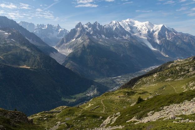 Mooi landschap in de bergen van chamonix franse alpen in europa