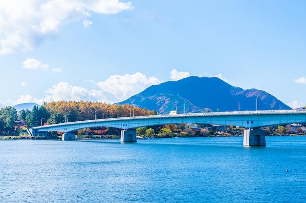Mooi landschap rond meer kawaguchiko