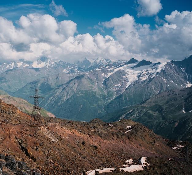 Mooi landschap van bergen
