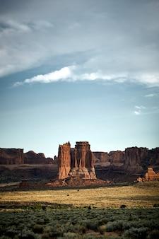 Mooi landschap van een canyon-landschap in het arches national park, utah - verenigde staten
