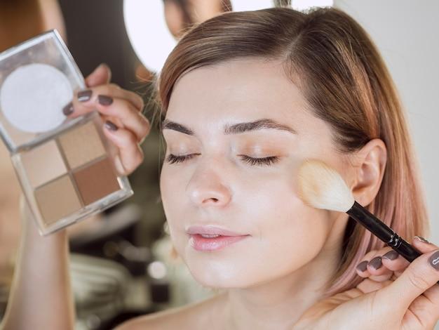 Mooi model met professionele make-up