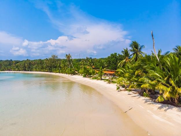 Mooi natuur tropisch strand en zee