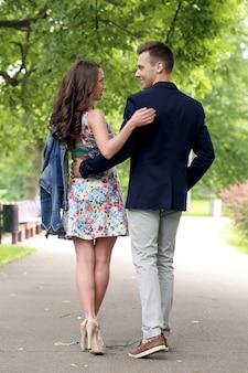 Mooi paar in het park