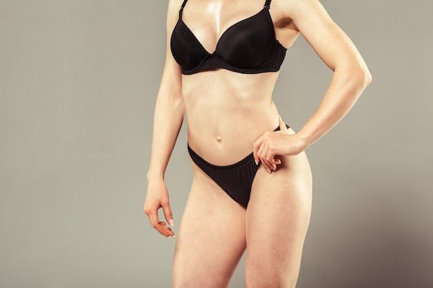 Mooi slank vrouwenlichaam