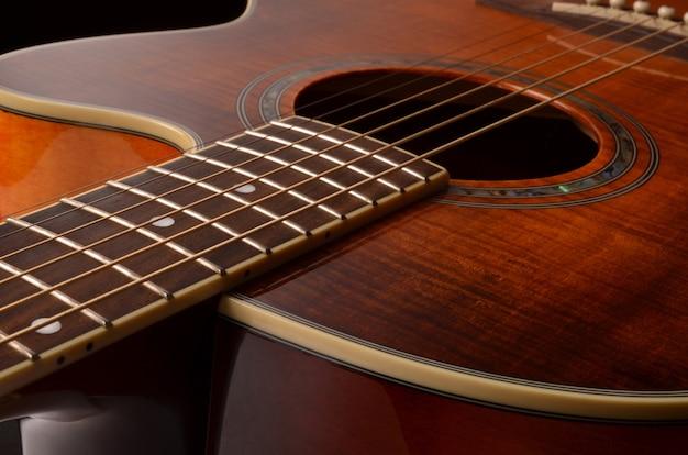 Mooie akoestische gitaarclose-up