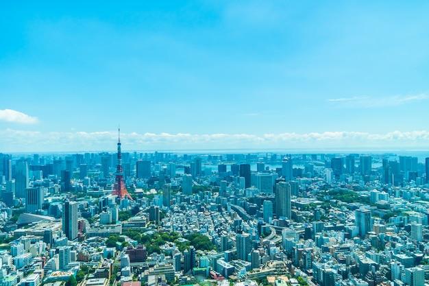 Mooie architectuur die de stad van tokyo met de tokyo toren bouwen