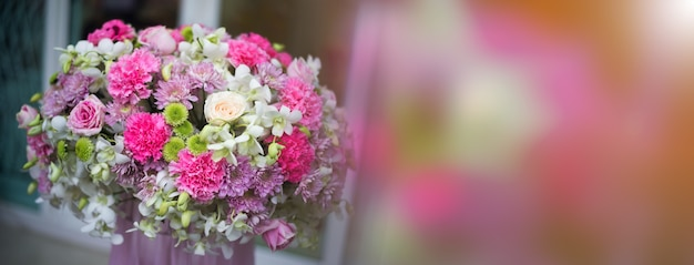 Mooie bloemen, decoraties, geschenkbloemen
