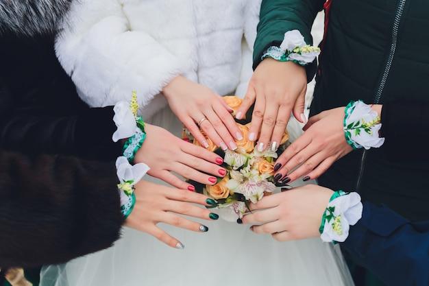 Mooie bruiloft bruid boeket. vintage getinte foto.
