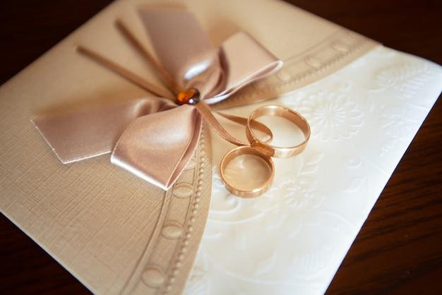 Mooie bruiloft uitnodiging