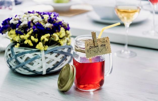 Mooie cocktail in een glas.