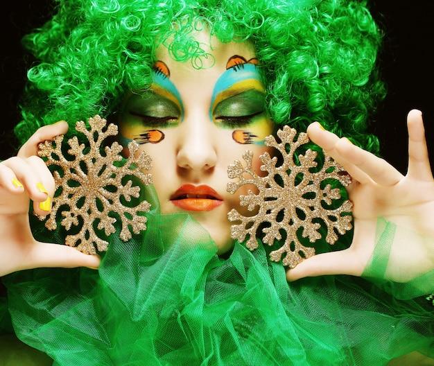 Mooie dame met artistieke make-up