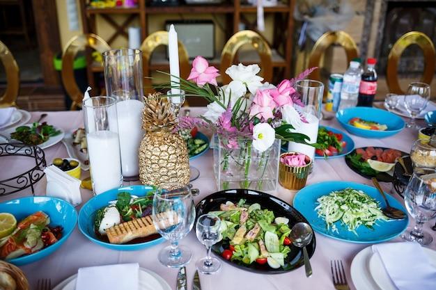 Mooie en heerlijke restaurantmaaltijden