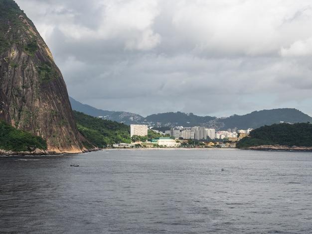 Mooie en magische stad rio de janeiro en zijn beroemde plaatsen