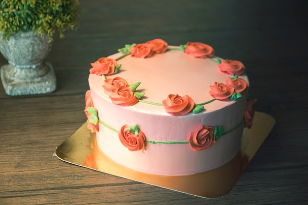 Mooie gelukkige verjaardagscake in viering