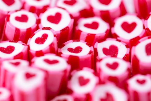 Mooie harten snoepstokken voor valentijnsdag