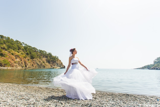 Mooie jonge bruid