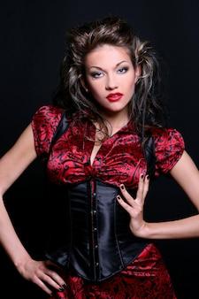 Mooie jonge vrouw met make-up