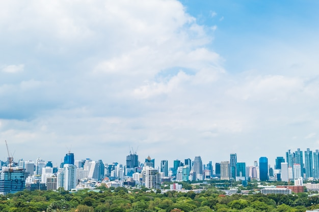 Mooie kantoorgebouw toren en architectuur in bangkok stad