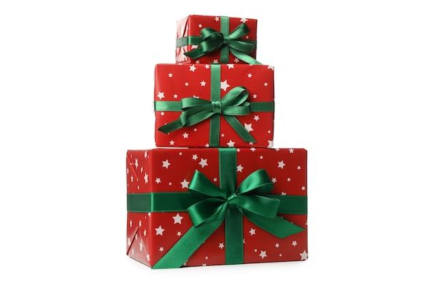 Mooie kerst dozen met strik geïsoleerd op wit